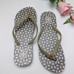 Tory Burch gold flip flops, sandals, size 9